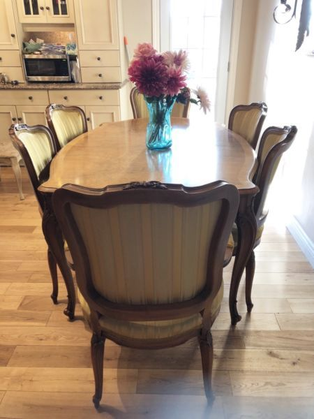 French Dining Set Dining Tables Sets Guelph Kijiji Dining Table Setting Dining Set Kijiji