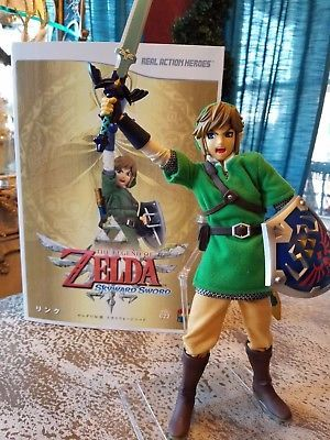 Medicom RAH The Legend of Zelda Skyward Sword Link Real Action Hero Figure