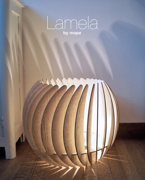 The conception of the Lamela started with the material it is made of: used 4mm MDF. This material, considered industrial waste, was used as a bottom layer for a 3-axis cnc milling machine that cuts different types of sheet material. It has a structure on one side that is the result of multiple milling operations. Adding light to the unique pattern gives the material so much more value, it was meant to match. That's why we thought this was an opportunity to design a unique product.