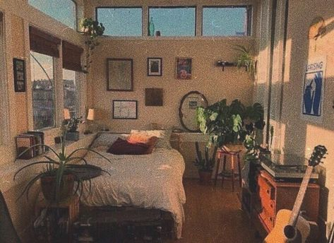 Bohemian Bedroom Decor and Bed Design Ideas Bohemian Bedroom D … Dream Rooms, Dream Bedroom, Room Ideas Bedroom, Bedroom Decor, Bedroom Inspo, Bedroom Colors, Bedroom Vintage, 1920s Bedroom, Vintage Dorm
