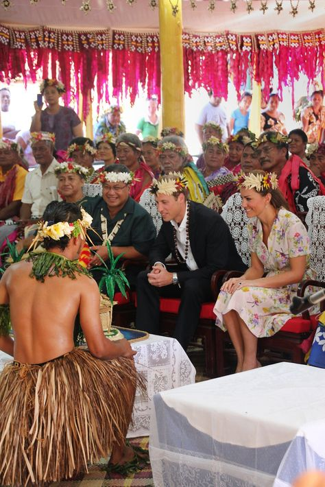 Prince William and Kate Middleton partook in a farewell ceremony at the end of their visit in Tuvalu.