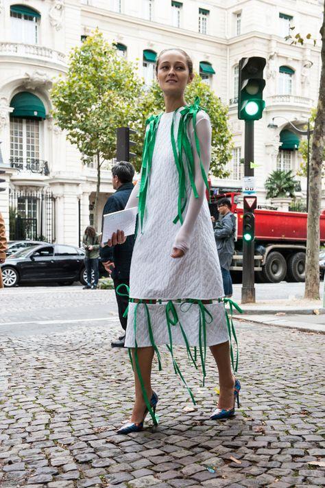 6263c0e4a735 Неделя моды в Париже весна-лето 2016  Street Style, Часть 9, Buro 24 7  Kazakhstan