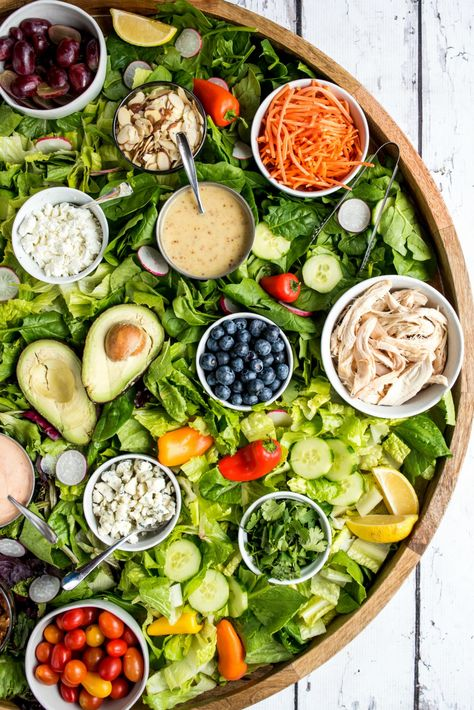 Epic Dinner Salad Board Recipe #epicdinnersalad #epicdinnersaladboard #dinnersalad #epiccharcuterieboard #reluctantentertainer