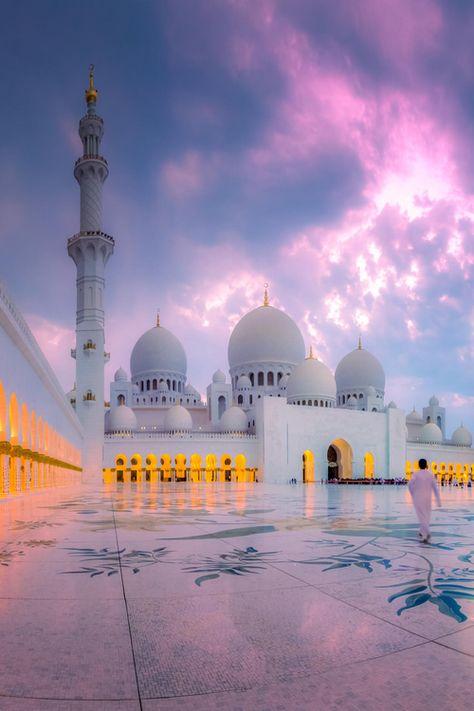 Sheikh Zayed Grand Mosque,Abu Dhabi, United Arab Emirates... soooo gorgeous.  Looks so tranquil