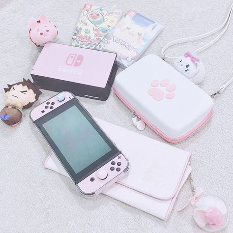 Nintendo Switch Pink Theme – Switch Nintendo – Switch Nintendo for sales – – Game Room İdeas 2020 Nintendo Switch Accessories, Gaming Accessories, Nintendo Console, Nintendo Ds, Kawaii Games, Nintendo Switch Case, Game Room Kids, Kawaii Bedroom, Otaku Room