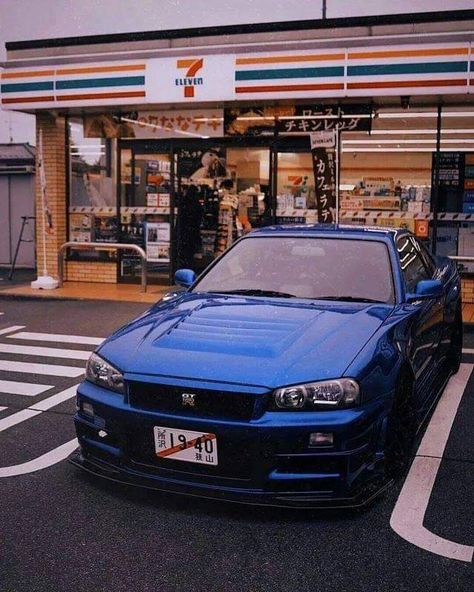 Do you guys think I should stay in japan? What can I do if I stay! Nissan Gtr R34, Nissan Skyline Gt R, Nissan Gtr Skyline, Carros Jdm, Carros Turbo, Tuner Cars, Jdm Cars, Slammed Cars, Street Racing Cars
