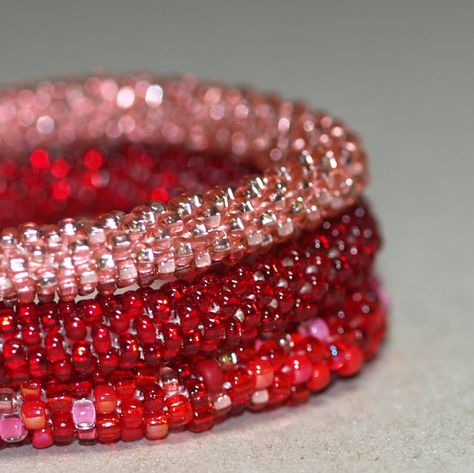 Triplets Bangle Set. Bead Crochet. Crimson, pink, scarlet. Sparkly, Modern. Stackable.