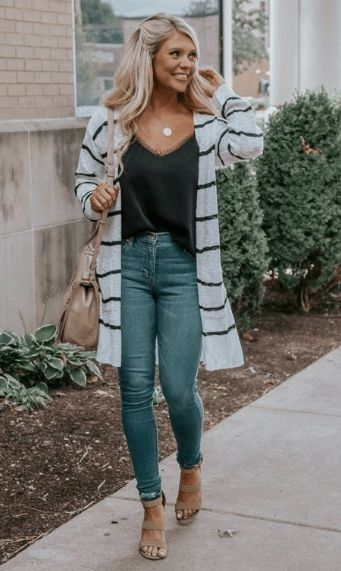 20 Cute Ideas Women Spring Outfits To Copy This Year #trendyspringoutfits 20 Cute Ideas Women Spring Outfits To Copy This Year #springoutfits #springoutfitswomen #womenoutfits