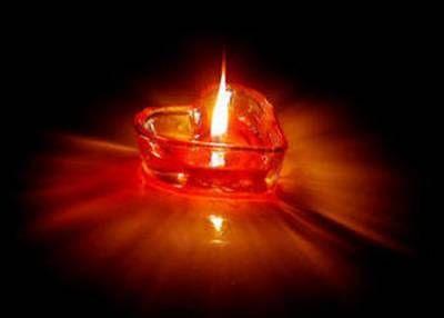 Znalezione obrazy dla zapytania światełko pamięci | Candle jars, Tea light  candle, Youtube
