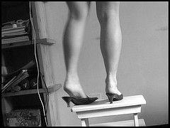 Gambe pesanti? Ricette di Aromaterapia per gambe gonfie e gambe stanche | Migliora la tua vita con Aromaterapia e Profumeria botanica!