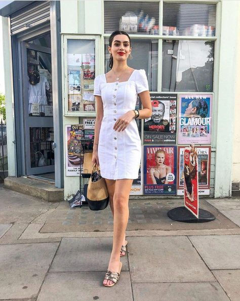 White denim: 12 chic and cool ways to wear it !  Fun and fresh take on your classic denim trend.  #whitedenim #whitedenimhowtowear #whitedenimstreetstyle #whitedenimoutfit #whitedenimoutfitwomen #whitedenimoutfitsummerfashions  #howtowearwhitedenim #whitedenimstreetstyle2019 #whitedenimdress #womensfashionclassicclassy
