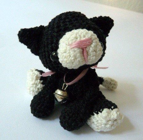 Elf Cat Amigurumi Pattern - Christmas Crochet Pattern - | 457x465