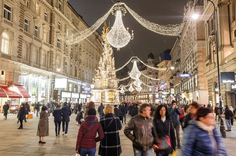 season Vienna is Ready for #Christmas...