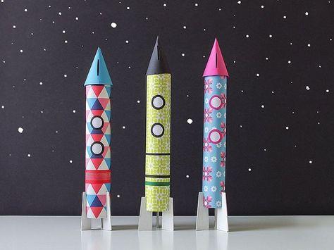 5, 4, 3, 2, 1... und schon hebt die Rakete in Richtung Weltraum ab. Mit dieser Raketen-Spardose zieht das Weltraum-Feeling bei Dir ein.