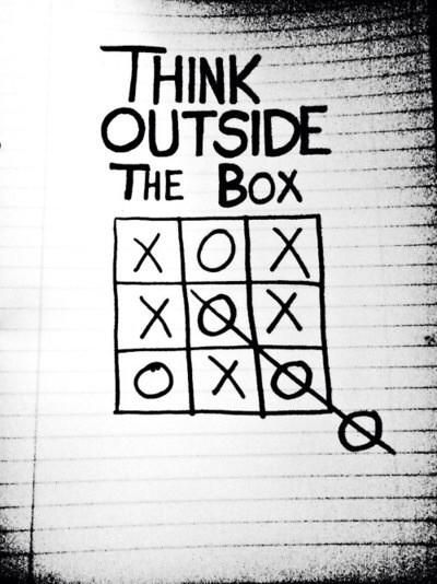 This morning, think outside of the box... :) Have a great day everyone! #inspirationalquotes #creativecase