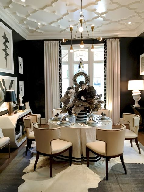TABLE SKIRT WITH BLACK TRIM IS WHAT I WANT FOR MY DINING ROOM, LOVE design indulgence: ATLANTA HOLIDAY HOME 2014