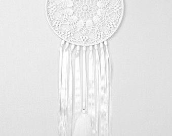 White Dreamcatcher, Wedding Decor, Large Dream Catcher, Crochet Doily Dreamcatcher, handmade boho dreamcatchers, wall hanging, wall decor