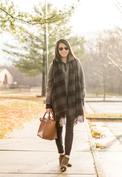 Madewell Polartec fleece popover jacket in highland green, green plaid blanket scarf, Old Navy black watch button up shirt, black skinny jeans, Celine small big bag, Madewell the Brenner boot in suede in mink