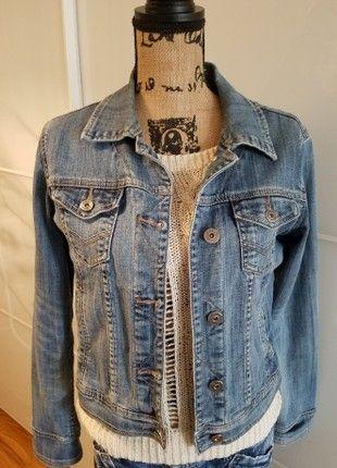 À vendre sur  vintedfrance ! http   www.vinted .fr mode-femmes vestes-en-jean 50205716-veste-en-jeans-vintage-taille-40 e4f52010590