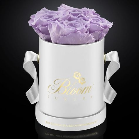 💜 Lilac is considered a soothing color that can encourage emotional expression. #BloomLuxury #lilac #soothing #emotions #expressyourself #positivevibes