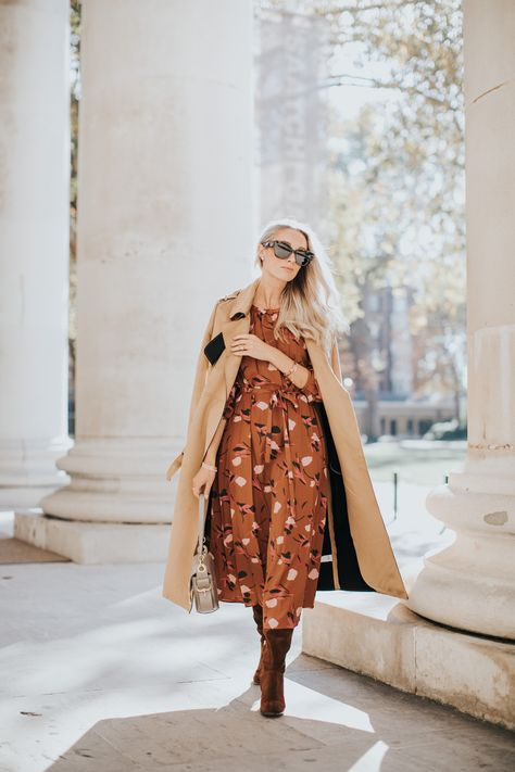 Styling Fall Florals – How To Wear Your Favourite Summer Trends this Autumn