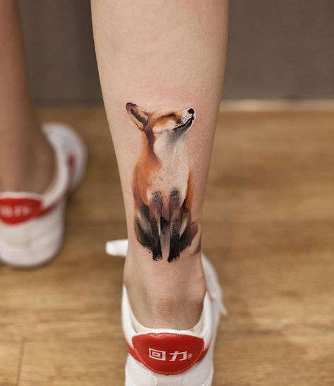 Cute and realistic looking fox done on the back of girl's ankle.
