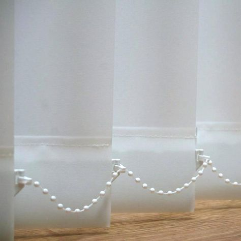 How To Clean Your Vertical Blinds Cleaning Vertical Window