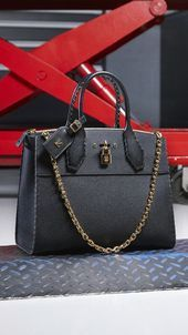 Women's Handbags : Louis Vuitton City Steamer from the Women's Fall-Winter 2017 Collection by N.