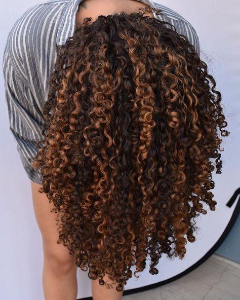 cpk mac and cheese recipe - cpk mac and cheese _ cpk mac and cheese recipe _ cpk mac and cheese balls _ cpk mac and cheese california pizza kitchen _ copycat cpk mac and cheese _ cpk kids mac and cheese _ cpk crispy mac and cheese Dyed Curly Hair, Curly Hair Updo, Colored Curly Hair, Curly Hair Tips, Black Curly Hair, Long Curly Hair, Curly Hair Styles, Curly Girl, Naturally Curly Hair