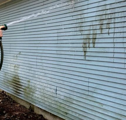 Easiest Way To Clean Vinyl Siding Cleaning Vinyl Siding Vinyl Siding Diy Siding