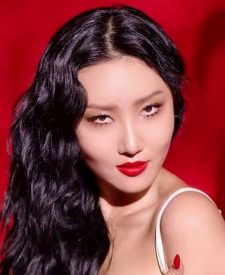 Hwasa July 23 Sending Very Happy Birthday Wishes All The Best Hwasa Eliotraffitcelebrates Happy Birthday Wishes Very Happy Birthday Birthday Wishes