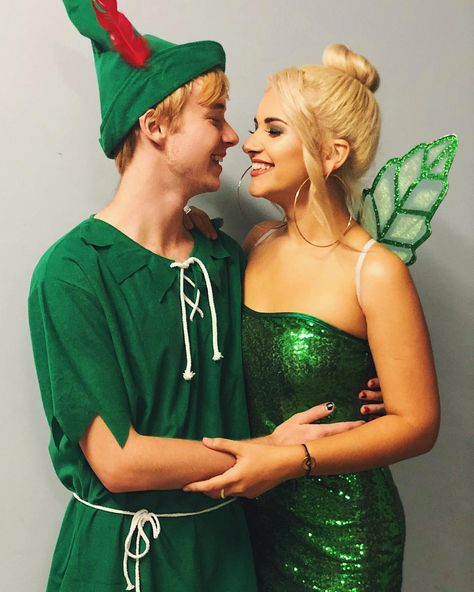 Peter Pan and Tinkerbell costume Halloween Makeup Costume Peter Pan Tinkerbell - Cute Couples Costumes, Cute Couple Halloween Costumes, Halloween Outfits, Diy Costumes, Couple Costume Ideas, Tinkerbell Halloween Costume, Disney Couple Costumes, Woman Costumes, Adult Costumes