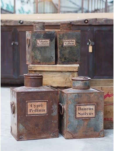 Boite Ancienne En Zinc D Herboriste Objet Deco Industrielle Decoration Industrielle Industriel