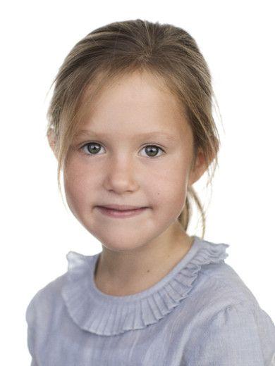 Princess Josephine Is 7 Years Old Tvillinger Billeder Foto