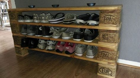 Shoe rack made of pallets  Shoe rack made of pallets  #pallets #rack #shoe#palle...#pallets #rack #shoe #shoepalle