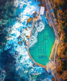 Swimming pool between the sea, the most unique experience in Australia - Best of Where