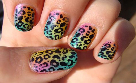 COLORFUL LEAPORD NAILS
