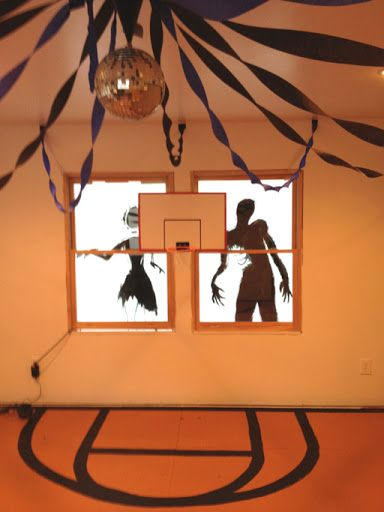 Zombie Prom Halloween Party Decorations! Party Planning - halloween party decoration ideas