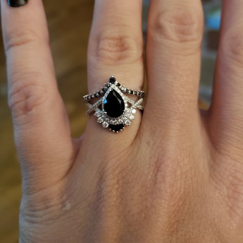 Vintage Pear shaped Black onyx engagement ring, black diamond, moissanite band for women, Rose Gold,Unique Bridal Jewelry Anniversary Quartz Engagement Ring, Pretty Engagement Rings, Gothic Engagement Ring, Engagement Ring Settings, Vintage Engagement Rings, Vintage Rings, Engagement Rings Black Diamond, Country Engagement, Fall Engagement