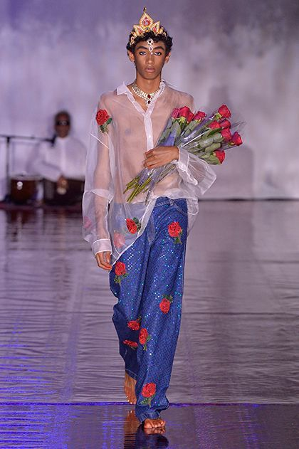 Ashish Responds To Brexit With A Celebration Of Indian Culture+#refinery29