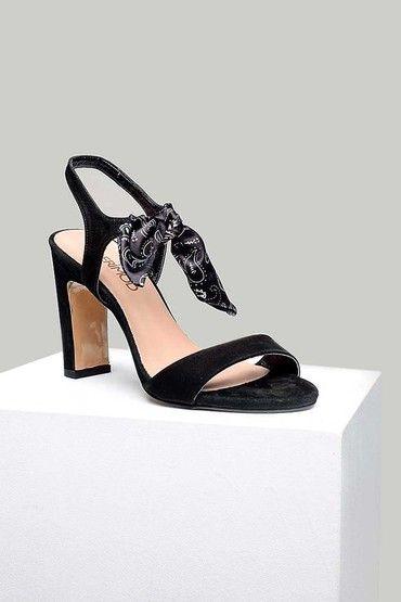 Derimod Kadin Sandalet Modelleri Ve Kadin Sandalet Fiyatlari Sandalet Topuklular Topuklu Sandalet