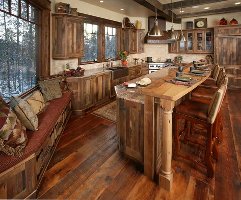 Dream house - colorado rustic western ski home photos) western kitchen, home Rustic Country Kitchens, Western Kitchen, Country Kitchen Designs, Rustic Kitchen Design, Cabin Kitchens, Modern Farmhouse Kitchens, Kitchen Modern, Dream Kitchens, Kitchen Ideas