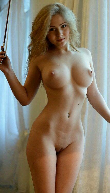 Beautiful blond naked women