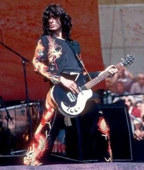18 Times Jimmy Page Was Better Than You Led Zeppelin Zeppelin Jimmy Page