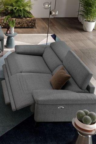 3 Sitzer Couch Grauer Stoff Moderne Italienische Designersofas Aus Stoff In 2020 Sofa Design Couch Grau 3er Sofa