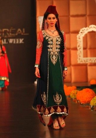 This is the image gallery of Pakistani Bridal Walima Dresses Collection 2014. You are currently viewing Pakistani Bridal Walima Dresses Collection 2014 (16). All other images from this gallery are given below. Give your comments in comments section about this. Also share stylehoster.com with your friends.    #walimadresses, #bridalwalimadresses, #bridaldresses, #pakistaniwedding