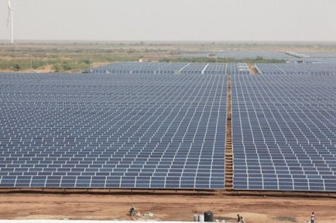 India Flips The Switch On World S Largest Solar Power Plant Solar Power Plant Solar Solar Panels