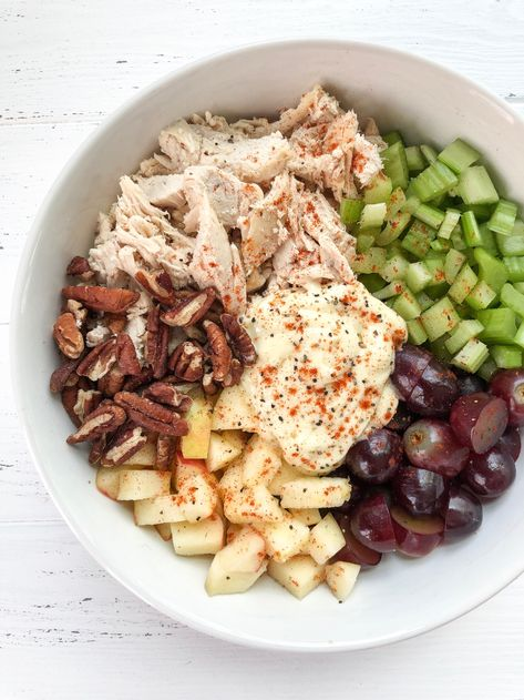 A sweet and savory Whole30 chicken salad recipe with grapes, apples, pecans, and celery! Perfect for meal prep. #whole30 #whole30recipes #chickensalad #whole30chickensalad #paleo #paleorecipes #paleochickensalad #glutenfree #dairyfree