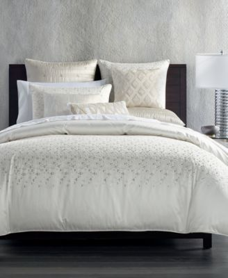 Hotel Collection Gilded Geo Bedding Collection Created For Macy S Macys Com Bed Linens Luxury Luxury Bedding Master Bedroom Bedroom Collections Furniture