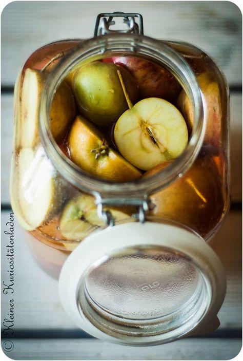 Apfelessig, hausgemacht - getestet und für super lecker befunden :-)